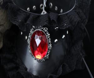 black, goth, and jewerly image