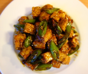 indonesian food, tempeh, and soya sauce image