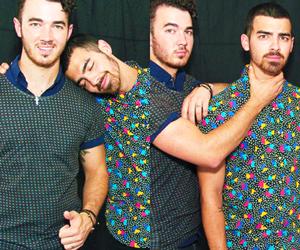 boy, bromance, and Joe Jonas image