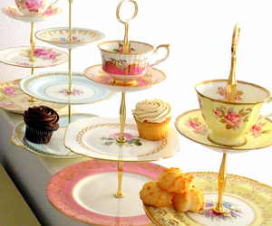 cupcake, pretty, and tea image