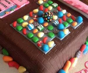 cake, candy crush, and candy image
