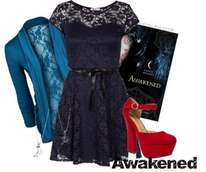 book, house of night, and house of night series image