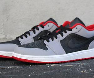 air jordan, sneaker head, and shoes image