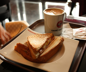breakfast, toast, and cafe image