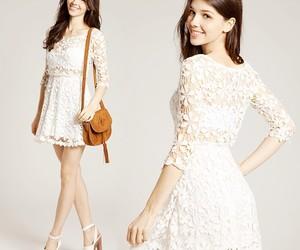 blanco, encaje, and vestido image
