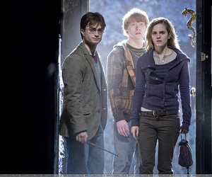 j.k. rowling, rony weasley, and daniel radcliffe image