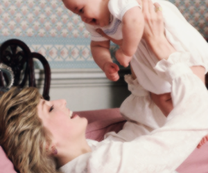 princess diana and baby image