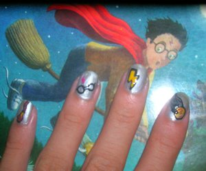harry potter, nails, and snitch image