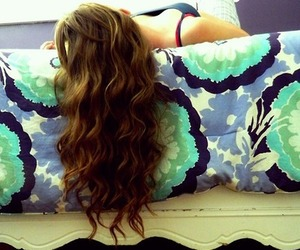 beautiful, bed, and curly image