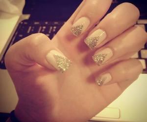 fashion, gold, and nail image