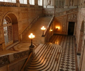 palace and staircase image