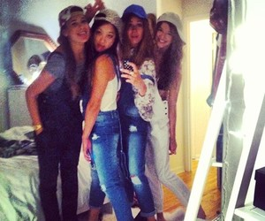 eleanor calder and friends image
