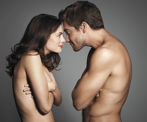 Anne Hathaway, couple, and jake gyllenhaal image