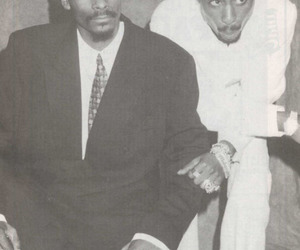 tupac, snoop dogg, and black and white image