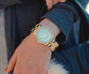 fashion, girl, and marc jacobs watch image