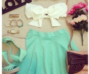 love, outfit, and flowers image