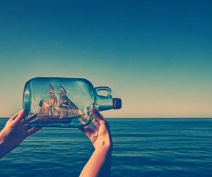 sea, bottle, and ocean image
