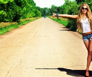 girl, wallnest, and hitchhiking image