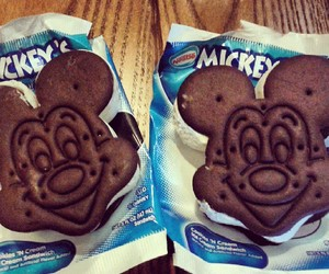 candy, chocolate, and disney image