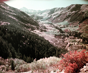 1977, 35mm, and aspen image