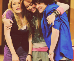 miley cyrus, hannah montana, and friends image