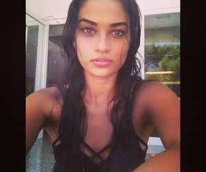 pretty and shanina shaik image