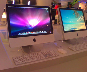 apple and computer image