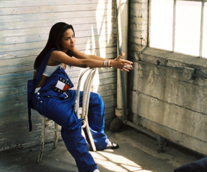 aaliyah, tommy hilfiger, and 90s image