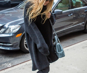 fashion and olsen image