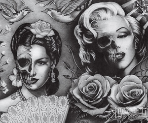 Marilyn Monroe, black and white, and skull image