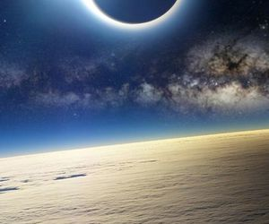 eclipse of the sun and stunningly beautiful image