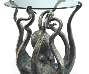 octopus and table image