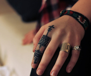 tattoo, hand, and rings image
