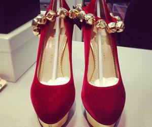 beautiful, style, and charlotte olympia image