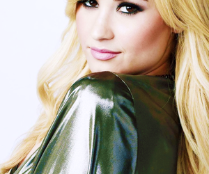 demi lovato, demi, and blonde image