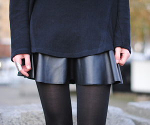 fashion, black, and skinny image