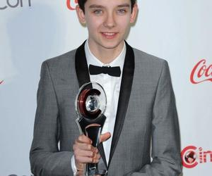 like, asa butterfield, and love image