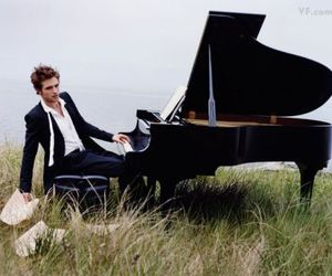 robert pattinson and piano image