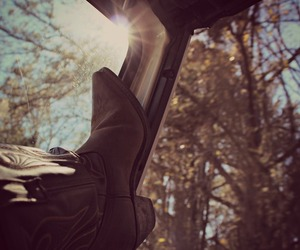 country, cowboy boots, and sunshine image