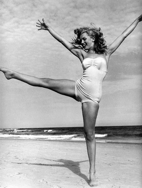 beach, black and white, and vintage image