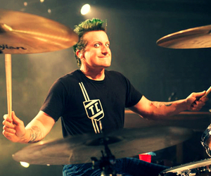 drums, green day, and light image