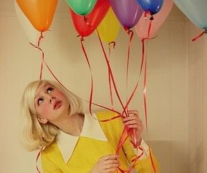 ballons, baloes, and garota image