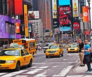 new york, shopping, and taxi image
