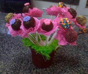 cakepop and delicicous image