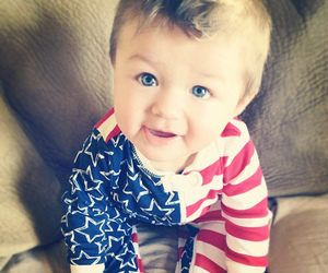 baby and blue eyes image