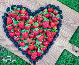 fit, FRUiTS, and strawberry image