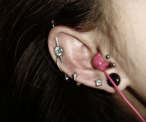 earrings, scaffold, and tragus image