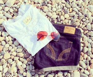 fashion, jeans, and hollister image