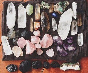 crystal and minerals image