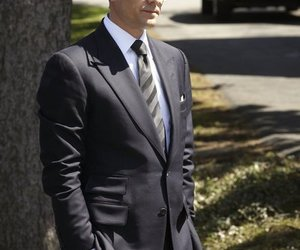 suit and harvey specter image